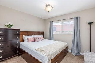 Photo 17: EL CAJON House for sale : 3 bedrooms : 554 Sandalwood