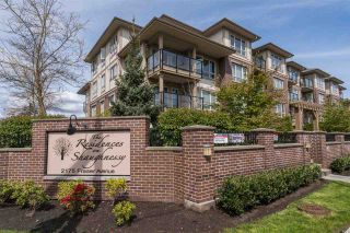 """Photo 1: 403 2175 FRASER Avenue in Port Coquitlam: Glenwood PQ Condo for sale in """"THE RESIDENCES ON SHAUGHNESSY"""" : MLS®# R2162365"""