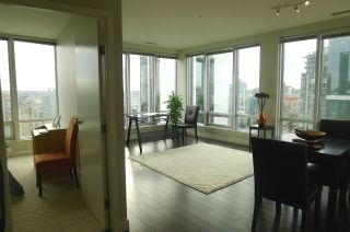 """Photo 2: 1601 989 NELSON Street in Vancouver: Downtown VW Condo for sale in """"THE ELECTRA"""" (Vancouver West)  : MLS®# V929177"""