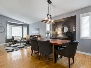 Photo 10: 111 RIVERVALLEY Drive SE in Calgary: Riverbend Detached for sale : MLS®# A1027799