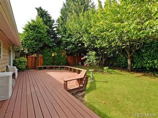 Photo 18: 3350 St. Troy Pl in VICTORIA: Co Triangle House for sale (Colwood)  : MLS®# 706087