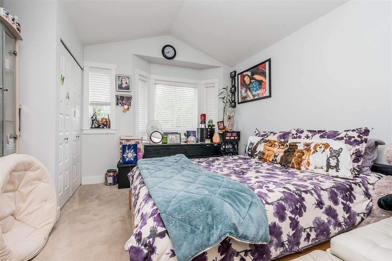 """Photo 14: Photos: 23 14433 60 Avenue in Surrey: Sullivan Station Townhouse for sale in """"BRIXTON"""" : MLS®# R2463220"""