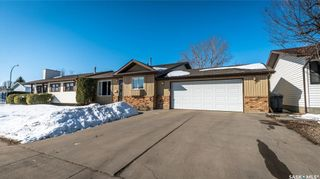 Photo 47: 122 Stacey Crescent in Saskatoon: Dundonald Residential for sale : MLS®# SK803368