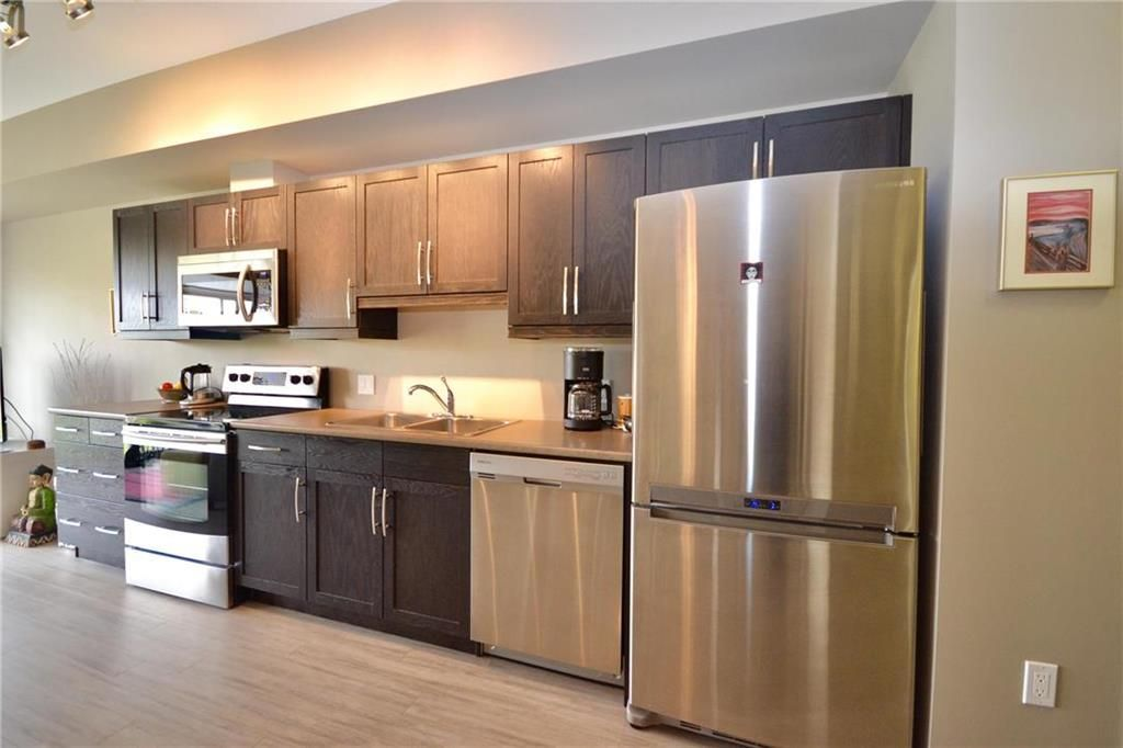 Photo 10: Photos: 303 750 Tache Avenue in Winnipeg: St Boniface Condominium for sale (2A)  : MLS®# 1928020