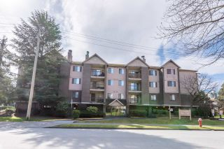 "Photo 2: 322 8500 ACKROYD Road in Richmond: Brighouse Condo for sale in ""WEST HAMPTON COURT"" : MLS®# R2447572"