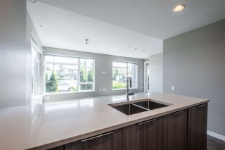 """Photo 13: 100 3289 RIVERWALK Avenue in Vancouver: South Marine Condo for sale in """"R & R"""" (Vancouver East)  : MLS®# R2470251"""