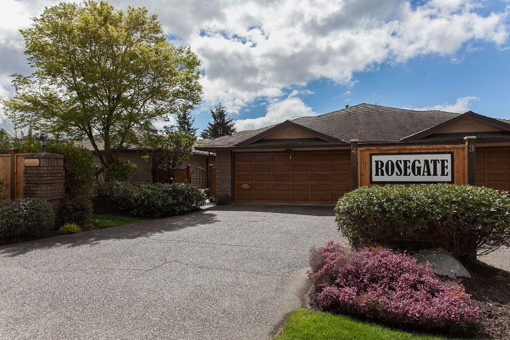 Main Photo: 4 15148 20 Avenue in Surrey: Sunnyside Park Surrey Townhouse for sale (South Surrey White Rock)  : MLS®# R2158269