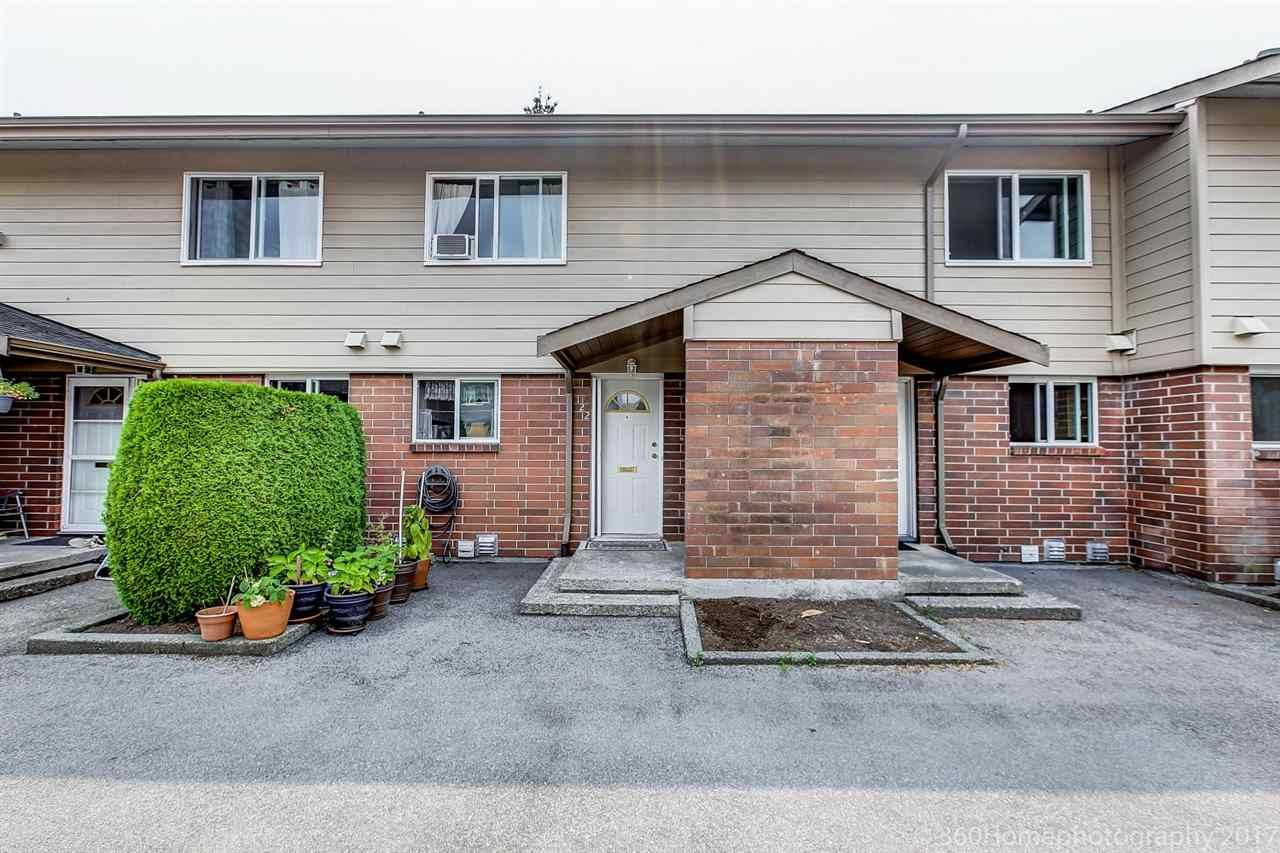 "Main Photo: 122 10732 GUILDFORD Drive in Surrey: Guildford Townhouse for sale in ""GUILDFORD CLOSE"" (North Surrey)  : MLS®# R2194736"
