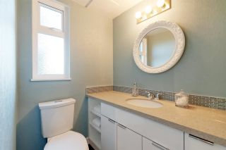"""Photo 8: 911 OLD LILLOOET Road in North Vancouver: Lynnmour Townhouse for sale in """"Lynnmour Village"""" : MLS®# R2317765"""