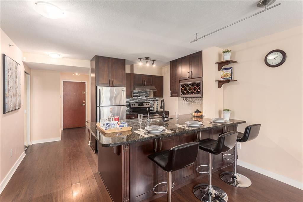 Main Photo: 1010 2733 CHANDLERY Place in VANCOUVER: Fraserview VE Condo for sale (Vancouver East)  : MLS®# R2086854