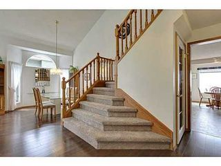Photo 7: 147 EDGEBROOK Circle NW in Calgary: 2 Storey for sale : MLS®# C3580214