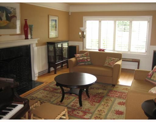"""Photo 2: Photos: 3282 W 33RD Avenue in Vancouver: MacKenzie Heights House for sale in """"MACKENZIE HEIGHTS"""" (Vancouver West)  : MLS®# V711226"""
