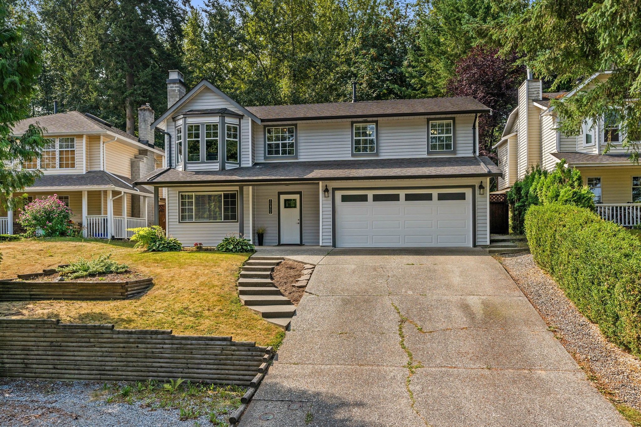 Main Photo: 20902 94B Avenue in Langley: Walnut Grove House for sale : MLS®# R2310756