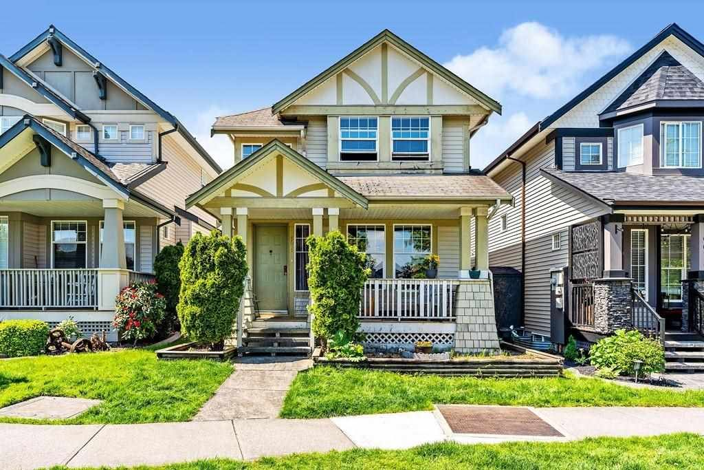 Main Photo: 6671 184A Street in Surrey: Cloverdale BC House for sale (Cloverdale)  : MLS®# R2583258