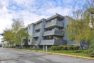 "Photo 19: 311 17661 58A Avenue in Surrey: Cloverdale BC Condo for sale in ""WYNDHAM ESTATES"" (Cloverdale)  : MLS®# R2158983"