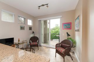 """Photo 3: 4 2978 WHISPER Way in Coquitlam: Westwood Plateau Townhouse for sale in """"WHISPER RIDGE"""" : MLS®# R2300463"""