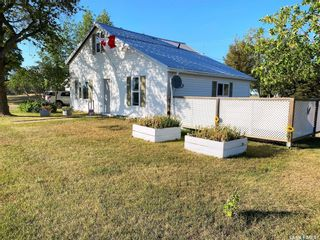 Photo 2: 1010 Railway Avenue in Elbow: Residential for sale : MLS®# SK851577