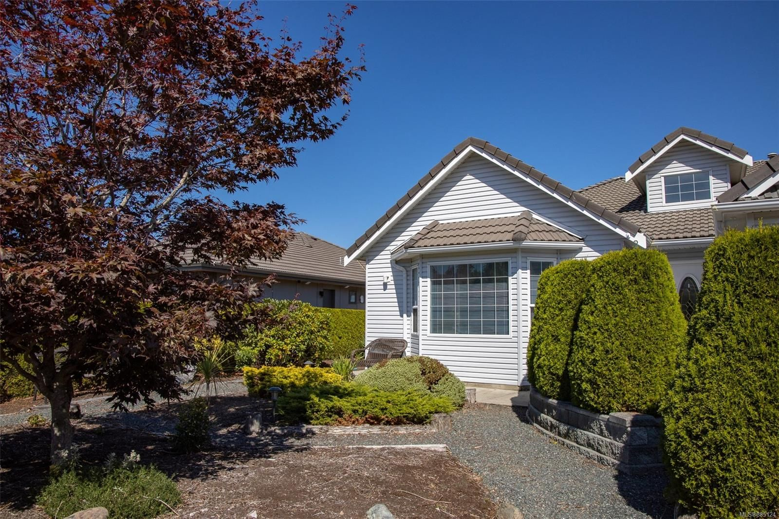 Photo 27: Photos: 1705 Admiral Tryon Blvd in : PQ French Creek House for sale (Parksville/Qualicum)  : MLS®# 885124