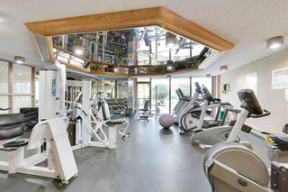 """Photo 18: 405 1490 PENNYFARTHING Drive in Vancouver: False Creek Condo for sale in """"Harbour Cove"""" (Vancouver West)  : MLS®# R2615809"""