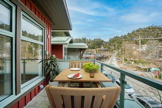 """Photo 5: 201 6688 ROYAL Avenue in West Vancouver: Horseshoe Bay WV Condo for sale in """"GALLERIES ON THE BAY"""" : MLS®# R2598710"""
