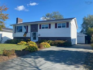 Main Photo: 334 Poplar Drive in Dartmouth: 15-Forest Hills Residential for sale (Halifax-Dartmouth)  : MLS®# 202126679