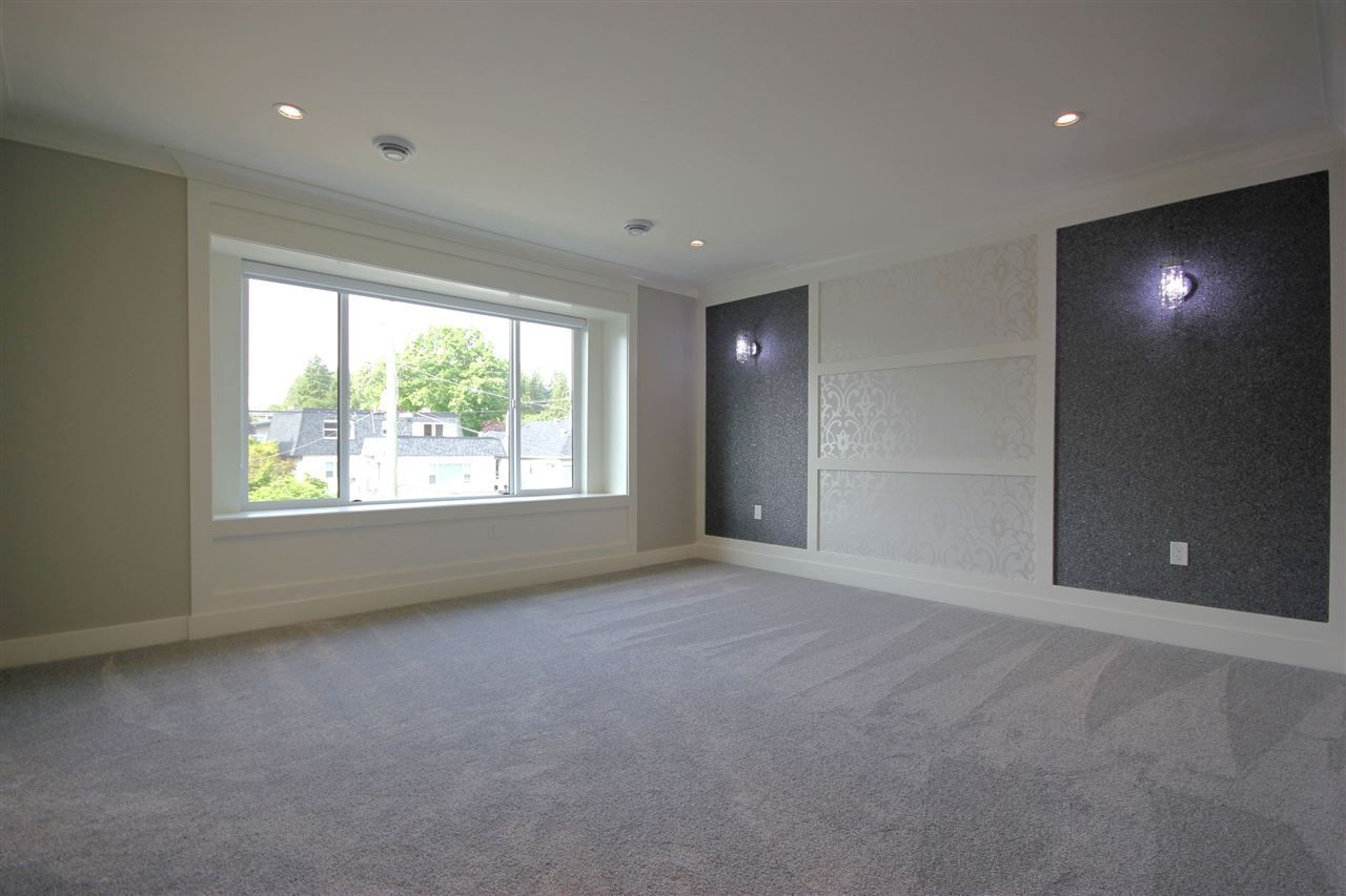 Photo 13: Photos: 3771 OXFORD STREET in Burnaby: Vancouver Heights House for sale (Burnaby North)