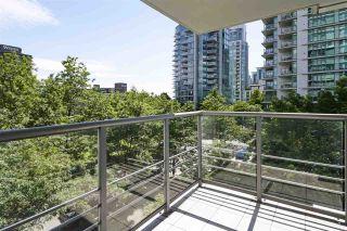 "Photo 10: 303 1710 BAYSHORE Drive in Vancouver: Coal Harbour Condo for sale in ""BAYSHORE GARDENS"" (Vancouver West)  : MLS®# R2386675"