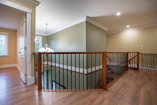 """Photo 18: 5800 167 Street in Surrey: Cloverdale BC House for sale in """"WESTSIDE TERRACE"""" (Cloverdale)  : MLS®# R2487432"""