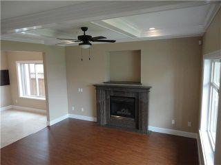Photo 2: 8455 OAK Street in Vancouver: Marpole 1/2 Duplex for sale (Vancouver West)  : MLS®# V835242