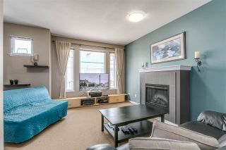 """Photo 2: 69 6575 192 Street in Surrey: Clayton Townhouse for sale in """"Ixia"""" (Cloverdale)  : MLS®# R2076740"""