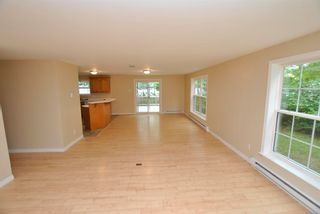 Photo 9: 24 Lakeview Circle Extension in Conquerall Mills: 405-Lunenburg County Residential for sale (South Shore)  : MLS®# 202118935