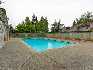 Photo 15: 6118 W GREENSIDE DRIVE in Surrey: Cloverdale BC Townhouse for sale (Cloverdale)  : MLS®# R2278164