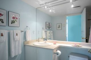 """Photo 15: 903 1555 EASTERN Avenue in North Vancouver: Central Lonsdale Condo for sale in """"THE SOVEREIGN"""" : MLS®# R2131360"""