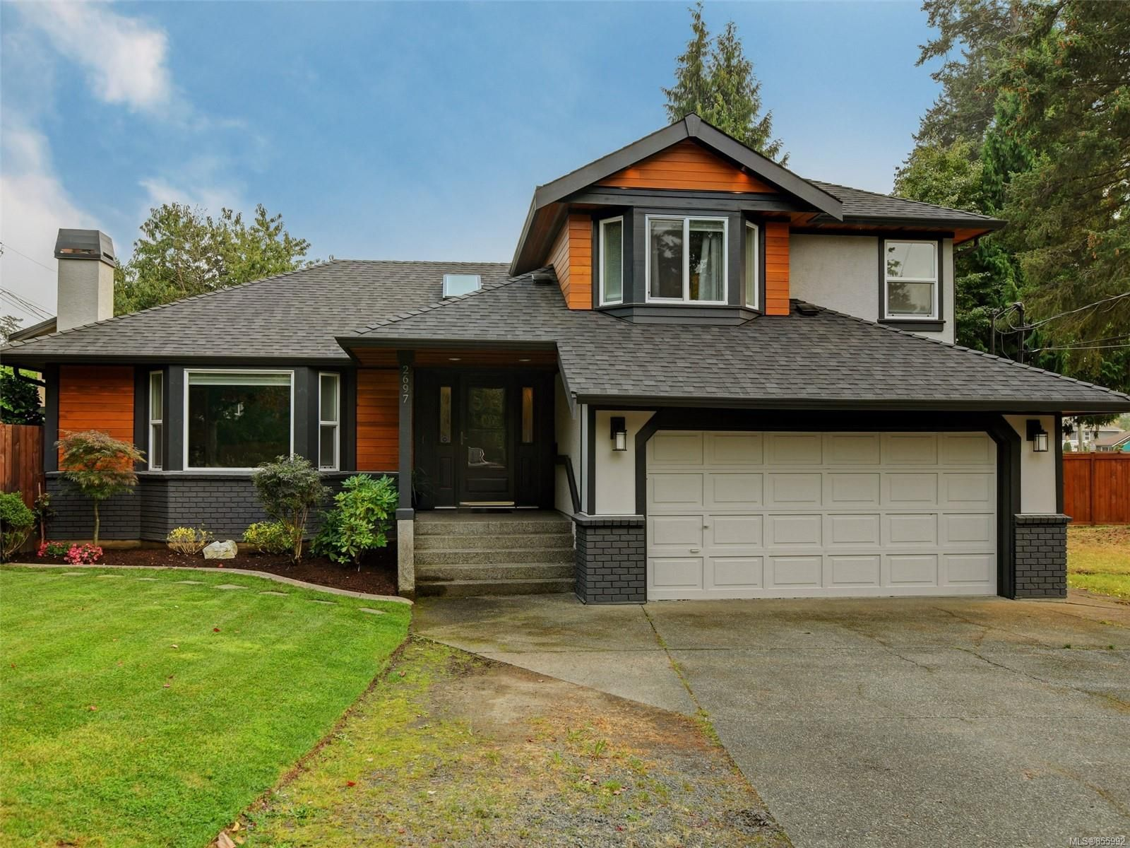 Main Photo: 2697 Silverstone Way in : La Atkins House for sale (Langford)  : MLS®# 855992