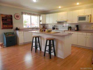 Photo 3: 1826 Mallard Dr in COURTENAY: CV Courtenay East House for sale (Comox Valley)  : MLS®# 572650
