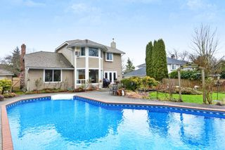 """Photo 19: 5445 185 Street in Surrey: Cloverdale BC House for sale in """"HUNTER PARK"""" (Cloverdale)  : MLS®# R2243893"""