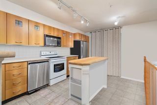 """Photo 2: 31 7179 201 Street in Langley: Willoughby Heights Townhouse for sale in """"The Denim"""" : MLS®# R2557891"""