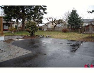 Photo 10: 7684 CEDAR Street in Mission: Mission BC House for sale : MLS®# F2903727