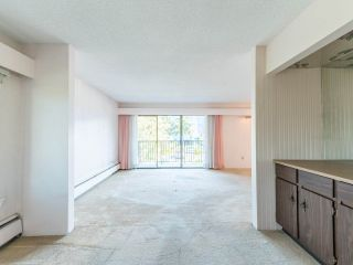 "Photo 18: 213 4111 FRANCIS Road in Richmond: Boyd Park Condo for sale in ""APPLE GREEN"" : MLS®# R2483616"