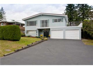 Photo 1: 2271 LORRAINE Avenue in Coquitlam: Coquitlam East House for sale : MLS®# V913713