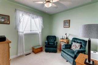Photo 17: 60 Shawfield Way SW in Calgary: Shawnessy Detached for sale : MLS®# A1113595