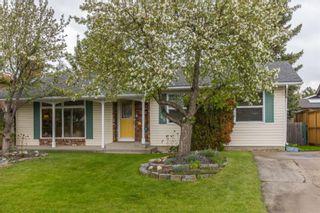 Photo 1: 2969 Oakmoor Crescent SW in Calgary: Oakridge Detached for sale : MLS®# A1123644