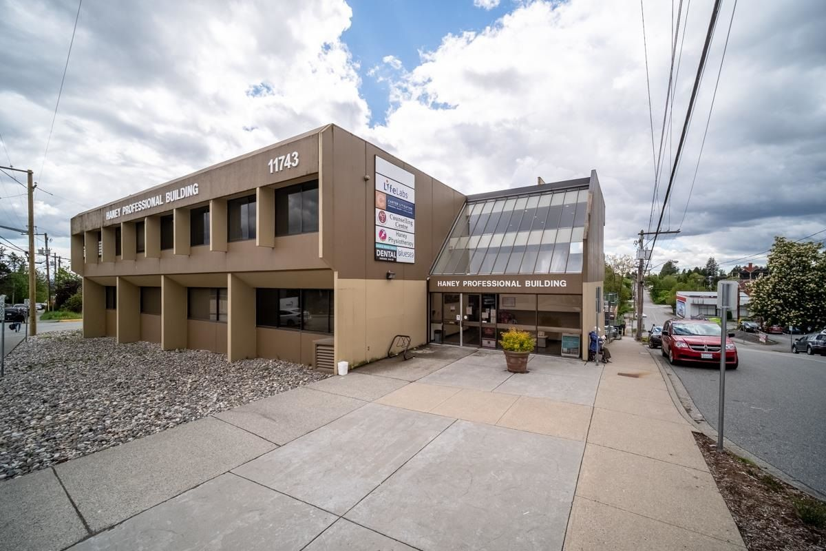 Main Photo: 105 11743 224 Street in Maple Ridge: West Central Office for lease : MLS®# C8038901