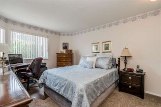 """Photo 11: 105 32145 OLD YALE Road in Abbotsford: Abbotsford West Condo for sale in """"Cypress Park"""" : MLS®# R2373888"""