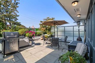 """Photo 3: 261 2080 W BROADWAY in Vancouver: Kitsilano Condo for sale in """"Pinnacle Living on Broadway"""" (Vancouver West)  : MLS®# R2496208"""