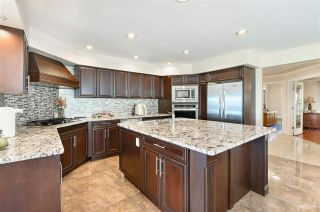 Photo 12: 13976 MARINE Drive: White Rock House for sale (South Surrey White Rock)  : MLS®# R2552761