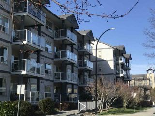 "Photo 17: 402 1203 PEMBERTON Avenue in Squamish: Downtown SQ Condo for sale in ""EAGLE GROVE"" : MLS®# R2553642"