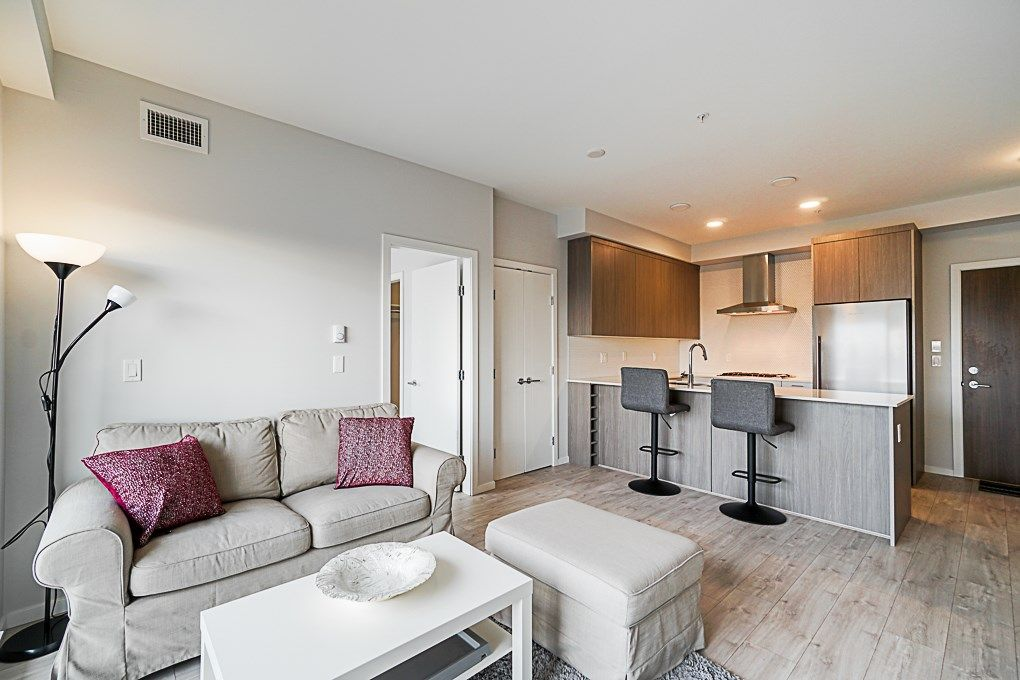 Main Photo: 208 6283 KINGSWAY in Burnaby: Highgate Condo for sale (Burnaby South)  : MLS®# R2351211