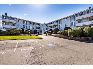 "Photo 1: 107 32950 AMICUS Place in Abbotsford: Central Abbotsford Condo for sale in ""Haven"" : MLS®# R2566558"