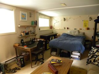 "Photo 29: 2838 - 2840 FRASER Street in Vancouver: Mount Pleasant VE House for sale in ""MT PLEASANT"" (Vancouver East)  : MLS®# R2487518"